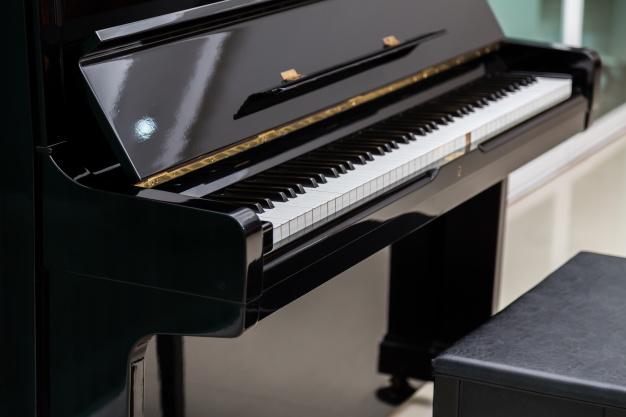 selitev klavirja