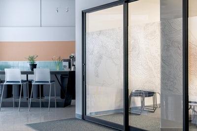 Avtomatska drsna vrata so lahko ključ do samostojnosti v domu