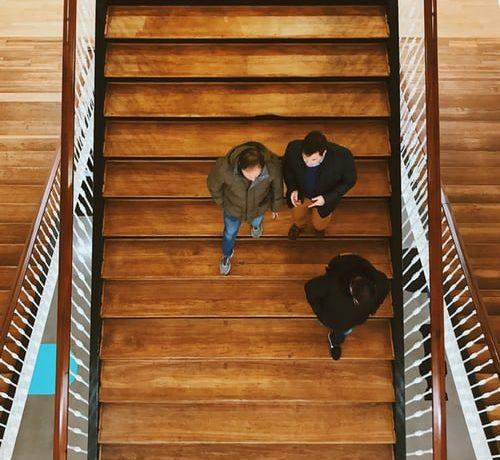 Vrhunska in cenovno dostopna izdelava lesenih stopnic