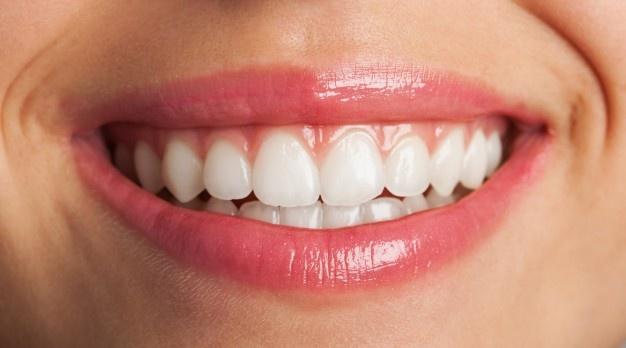 Zobni implantati za kvalitetno menjavo zob