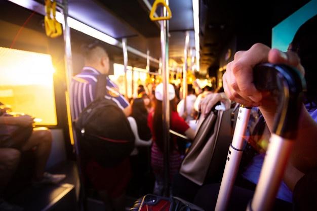 Vsestranski bus za zahtevne operaterje